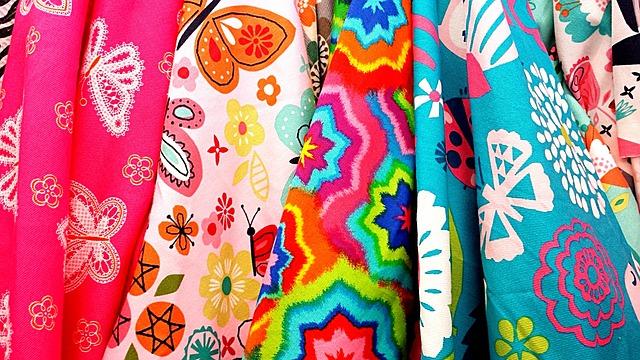 vzorky na tkaninách