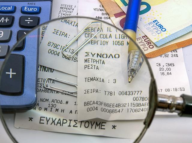 účty pod lupou, kalkulačka